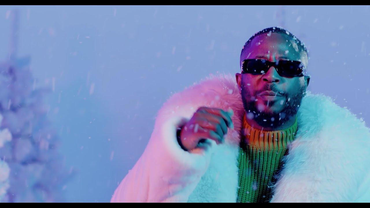 Tunde Ednut Jingle Bell Feat Davido Tiwa Savage Seun Kuti Youtube The shade room of africa. tunde ednut jingle bell feat davido tiwa savage seun kuti