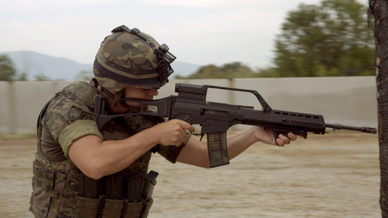 Disparando Con El Fusil De Asalto Hk G36 Youtube