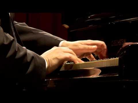 "BORIS BERMAN plays C. DEBUSSY ""Minstrels"" Prelude Libro I No 12"