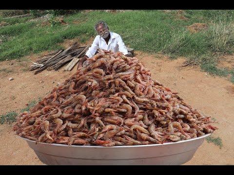 Huge PRAWN MASALA Prepared by My DADDY ARUMUGAM / Village food factory