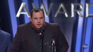 Download Luke Combs Wins Song of the Year at CMA Awards 2019 - The CMA Awards Mp3 and Videos