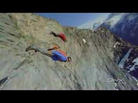 Dramático momento del salto sin paracaídas desde más de 7.000 metros from YouTube · Duration:  1 minutes 27 seconds