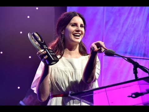 Lana Del Rey to publish poetry book Mp3