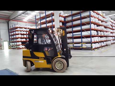 Loading Carpet Rolls