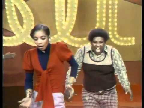 Soul Train Line Dance to The O Jays  Love Train