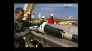 Прокладка оптического кабеля(Узнать больше на http://SebeAdmin.ru Как прокладывают оптоволоконный кабель по дну океана., 2012-12-21T18:33:33.000Z)