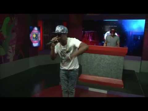 Onstage Extra - Busy Signal Text Message Live