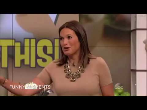 Mariska Hargitay Funny Moments