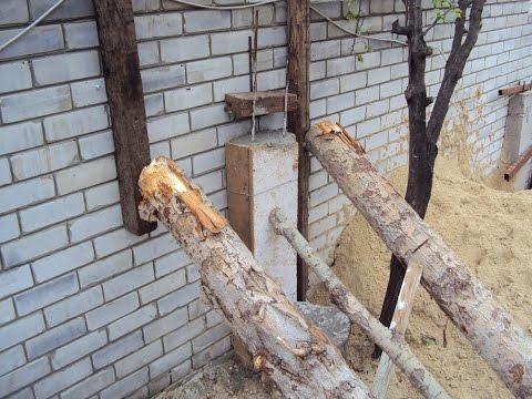 Кирпичный падающий  забор. Харьков.