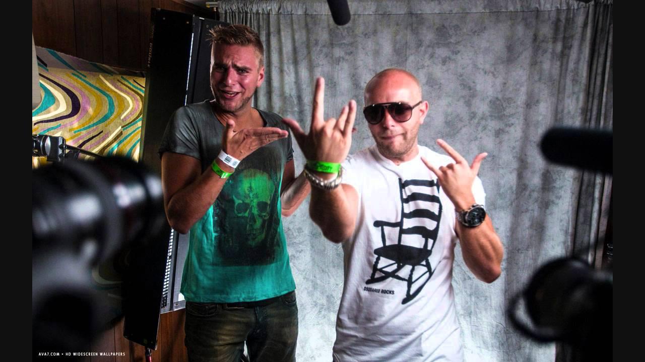 Download David Guetta & Showtek feat. Vassy - BAD