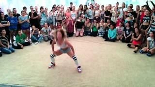 Fraules Twerk at Summer Groove Dance Camp 2015