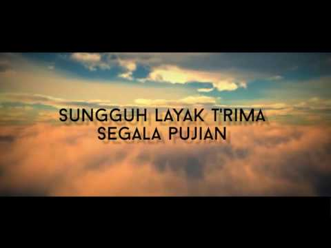 Juruselamat Dunia with Lyrics -  Sari Simorangkir (Light Up Christmas 2016)