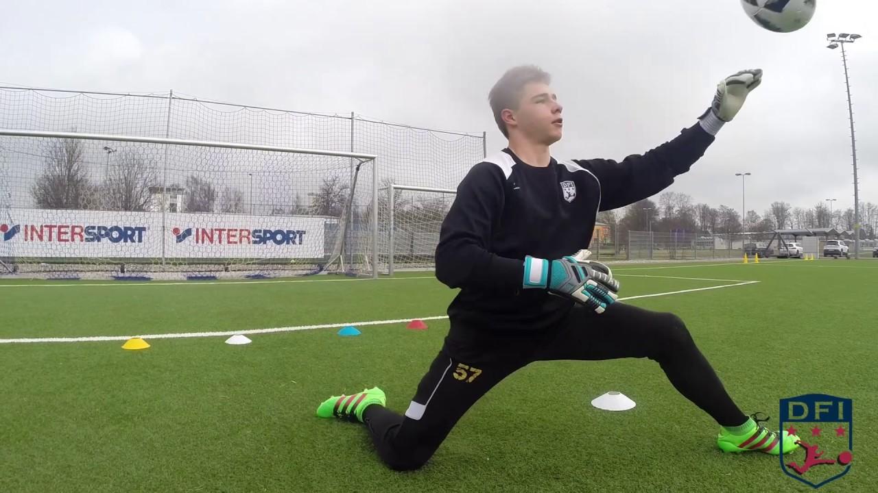 Torwart Training Am Deutschen Fussball Internat