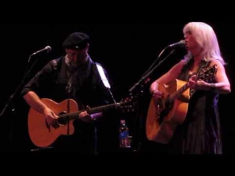 Emmylou Harris & Richard Thompson - How Will I Ever Be Simple Again 14/11/2013