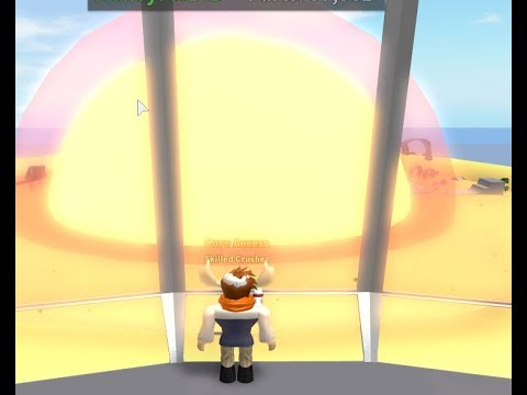 Roblox   Car crushers 2   How to survive core explosion Energy core