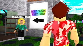 UNDERCOVER GOLD DIGGER Pretended To Be BULLIED For MONEY! (Roblox)