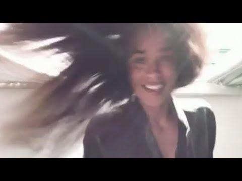 Download Youtube: Ciara shows off her long natural hair!