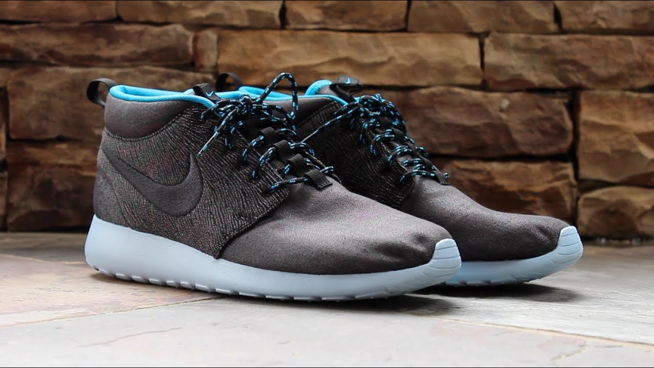nike mid roshe run