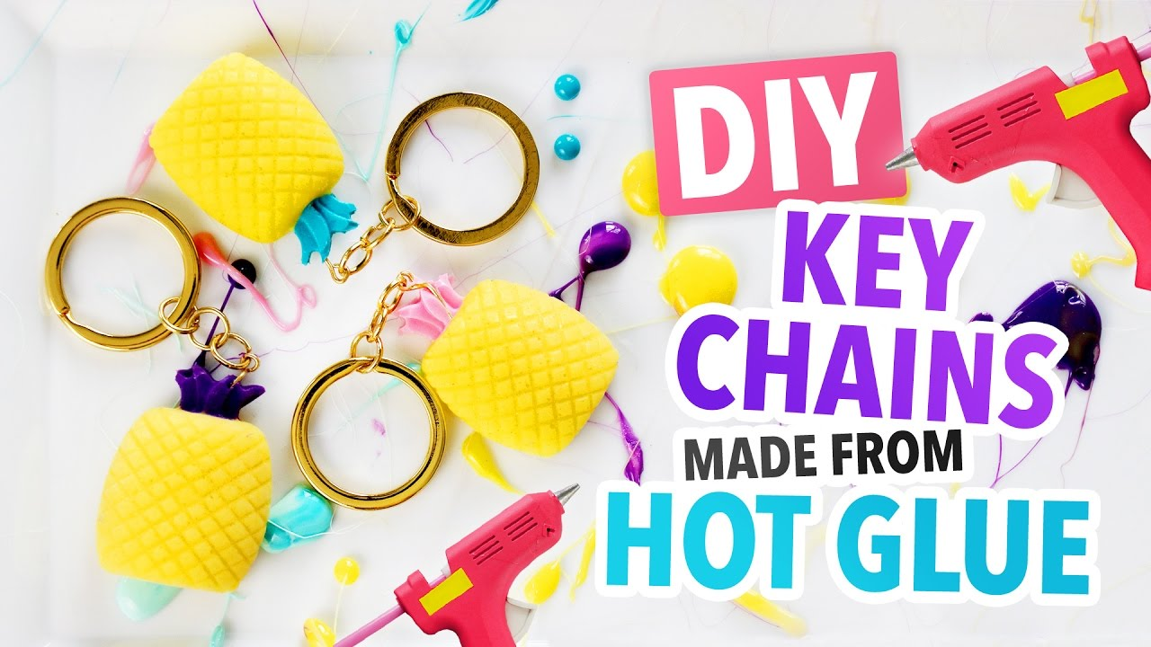 Diy summer key chains made from hot glue hgtv handmade youtube diy summer key chains made from hot glue hgtv handmade solutioingenieria Image collections