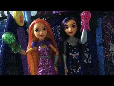 DC Superhero Girls Starfire and Blackfire two pack doll review!