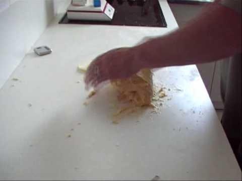 recette-de-brioche-2-eme-partie-patisserie-sans-machine-a-pain!!-recette-cuisine