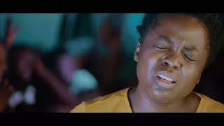 Rosny Kayiba - Nazo bondela yo (Je te prie) Clip officiel