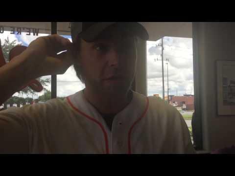 Astros outfielder Josh Reddick