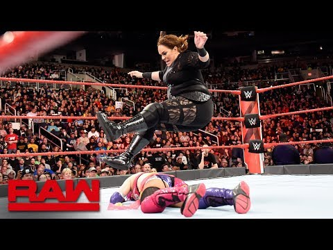 Nia Jax ambushes Asuka: Raw, Feb. 19, 2018