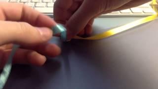 Как плести фенечки из ленточек !!!:)(В этом видео я вас научу плести браслеты из ленточек! Они хорошо подходят к разным видам одежды и легко дела..., 2014-12-06T16:21:52.000Z)
