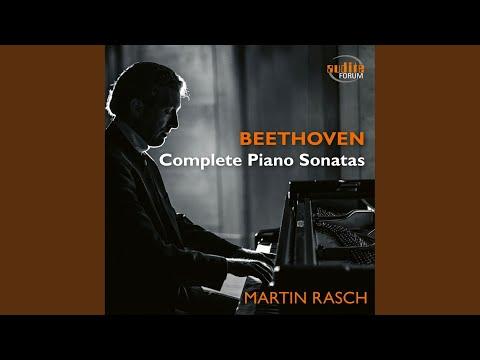 Moonlight Sonata. Piano Sonata No. 14 in C-Sharp Minor, Op. 27,2, 'Sonata quasi una Fantasia':...