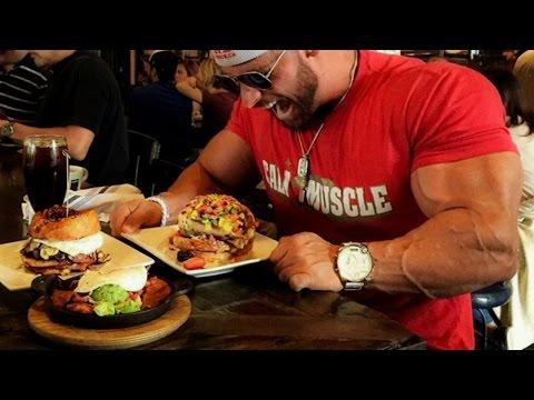 BODYBUILDING MOTIVATION EAT BIG TO GET BIG!