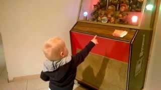 Repeat youtube video Dorian en de BimboBox in V&D Dordrecht