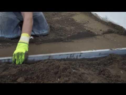 видео: Технология изготовления полусухой стяжки по пенополистиролу