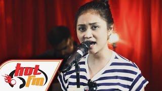 AYDA JEBAT - SIAPA DIRIKU (LIVE) - Akustika Hot FM - #HotTV