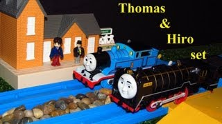 TOMY Plarail Japanese Hiro & Thomas at the station Unboxing review and first run