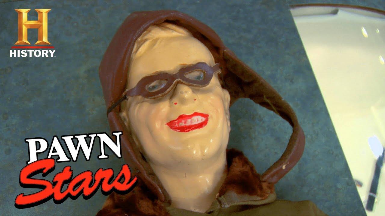 Pawn Stars: FAST CASH DEAL for CREEPY 1928 Charles Lindbergh Doll (Season 5) | History