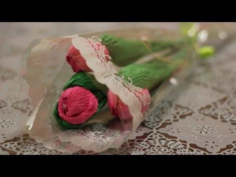 Букеты из конфет. Тюльпаны из гофрированной бумаги
