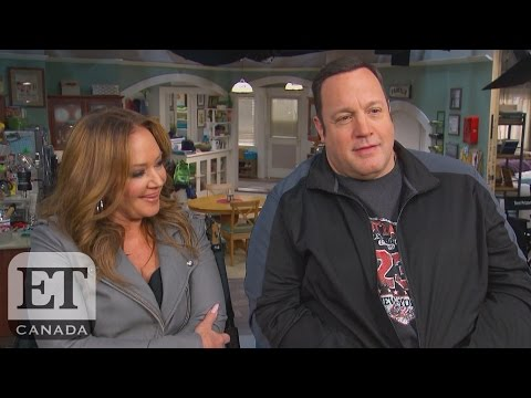 Leah Remini Reunites With Kevin James On 'Kevin Can Wait'
