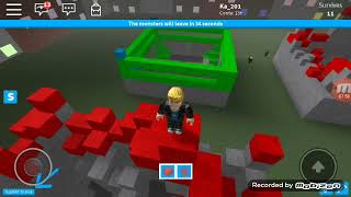 Building and surviving in Roblox