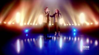 Ab Fab: Edina Sings with La Roux! Sneak Peek #1