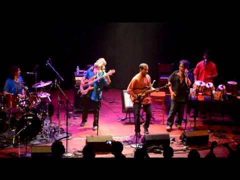 Indian Ocean - Are Ruk Ja Re Bandeh Live Concert Chicago
