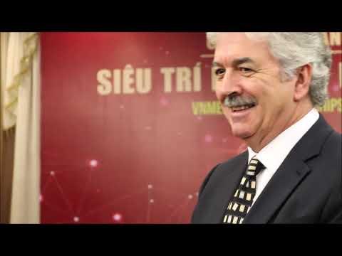 KYLUC.TV - Lần đầu tiên Bậc thầy siêu trí nhớ Dominic O'Brien đến Việt Nam
