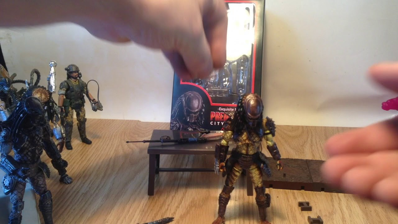 "1:18 Scale Hiya Toys Predator 2 City Hunter Predator 3.75/"" Action Figure"
