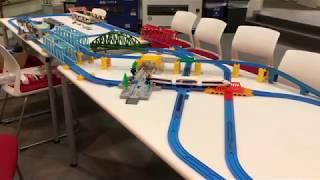 プラレール 100系新幹線 旧製品車両と旧動力車両の走行シーン