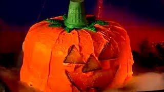 Pumpkin-shaped Cake-o'-lantern | Halloween | Babble