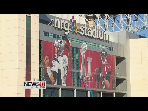 Patriots arrive at Super Bowl 51, different atmosphere than first Houston Super Bowl