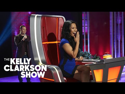 Kelly Clarkson Sets Single Woman Up On A Blind Date On TV! | The Kelly Clarkson Show
