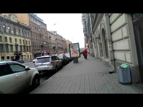 П029 - Ужасы Питера - день 2 - видео 26 - Немец опять офигевает в России