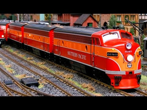 SCALE MODEL TRAINS RAILWAYS MODEL RAILROAD TRACK 0 PRESENTATION / Erlebniswelt Modellbau Erfurt 2016