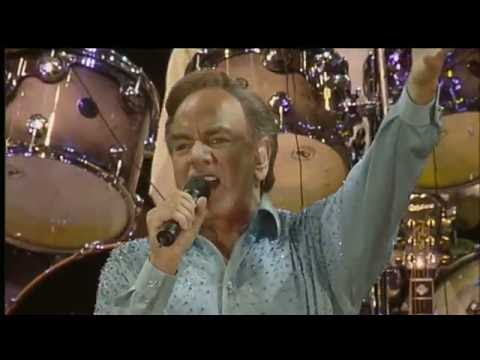 NEIL DIAMOND - SWEET CAROLINE  (LIVE-2002)